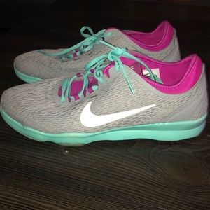 Women's Nike training air zoom fit shoe